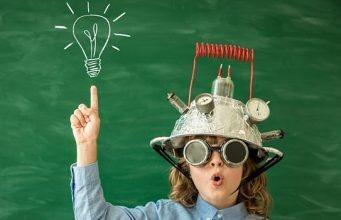 Digitale, inseriamo una nuova materia da studiare a scuola: la proposta della Ministra Pisano